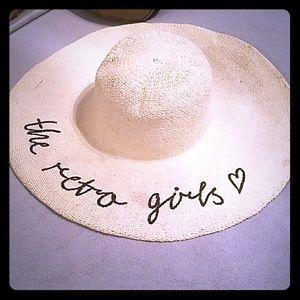 THE RETRO GIRLS SUMMER HAT